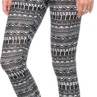 Empyre Black & White Tribal Print Jersey Leggings