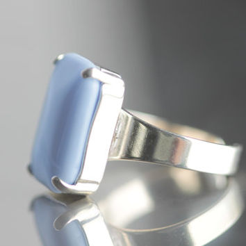 Adjustable Cocktail Ring - Sky Blue Czech Glass