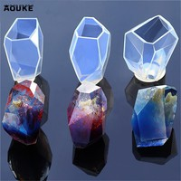 Crystal Ornaments Crystal Epoxy Silicone Mold DIY Handmade Molds Accessories Peas Shape Necklace Pendant Tools Candy Mould Aouke