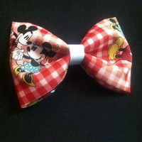 Mickey and Minnie in love hair bow