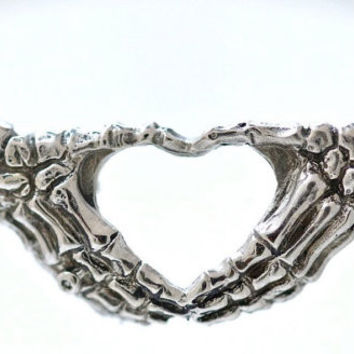 'I Heart You' Skeleton Hands Necklace