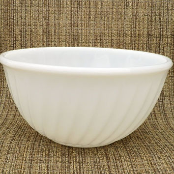 Large Fire King Mixing Bowl with Swirl Pattern