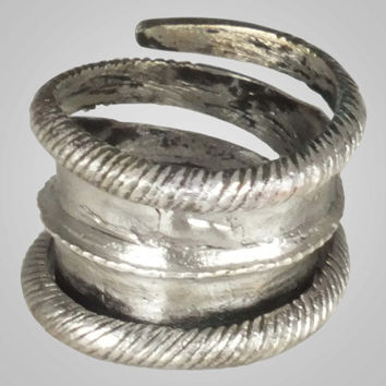 Fantastic Ancient Viking Pinky Ring Jewelry C.866-1067A.D. Size 7 1/4 (17.4mm)(BRR688)