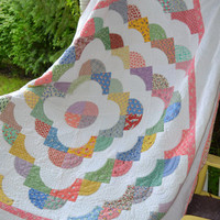Quilt 30s fabric Shabby Chic Vintage fabric Drunkards Path pattern heirloom quality