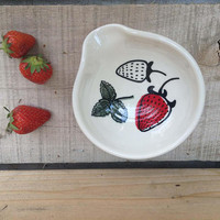 Spoon rest with hand-painted strawberry field pattern