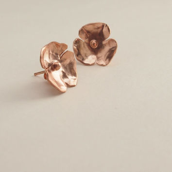 Rose gold earrings stud, Silver rose goldpated stud earrings, hammered stud, small stud earrings, flower stud, contemporary jewelry