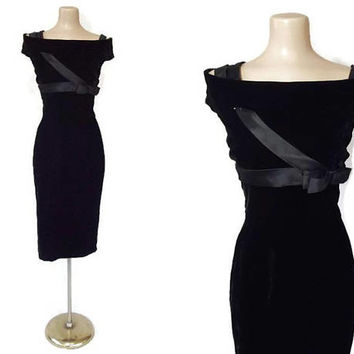 Unique Vintage 1950s Cocktail Dress | 50s 60s Party Dress | Black Velvet Dress | Vintage Wiggle Dress | Designer Harvey Berin, Karen Stark