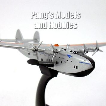 "Boeing 314 (B314) Pan Am ""Yankee Clipper"" Flying Boat 1/350 Scale Diecast Model by Daron"