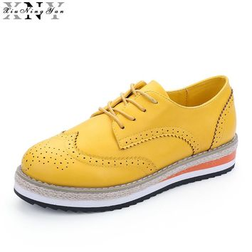 XiuNingYan 2017 Brogue Shoes Woman Candy Colors Platform Oxfords British Style Creepers Cut-Outs Flat Casual Women Brogues Shoes