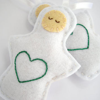Christmas ornaments - Felt angels, holiday decor in white and green, embroidered heart -Set of two