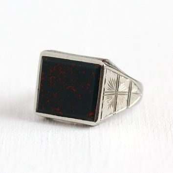 Vintage Bloodstone Ring - Antique Art Deco 10k White Gold Men's Ring - Vintage 1930s Size 9 Green & Red Gem Geometric Etched Fine Jewelry
