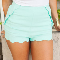 Scalloped Shorts Light Mint