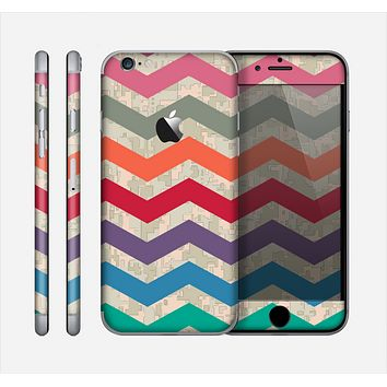 The Retro Chevron Pattern with Digital Camo Skin for the Apple iPhone 6