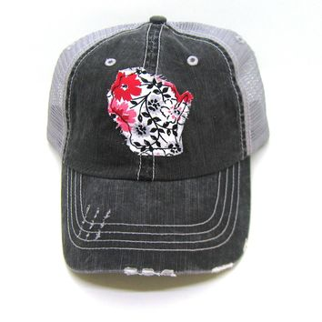 Wisconsin Hat - Gray and Black Distressed Trucker Hat - Red Daisy Applique - All States Available