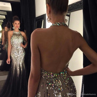 Sexy Backless Prom Dresses 2017 Mermaid Halter Beads Sparkle Gold Sequined Formal Evening Party Gowns Party Queen