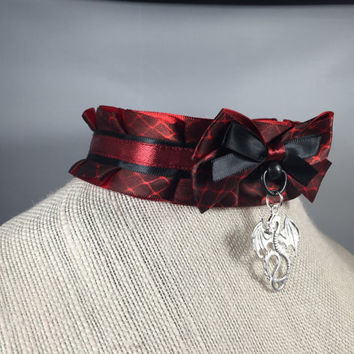 Drogon - Game of Thrones Inspired Thick Pleated Pet Play and BDSM Ribbon Collar