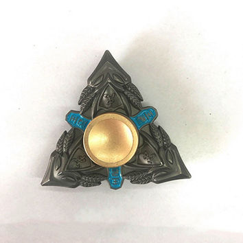 Hot Selling EDC Toys Triangular Hand Spinner High Quality Metals Profession Genji Spinner ADHD Tri Spinner Cool Fidget Spinner