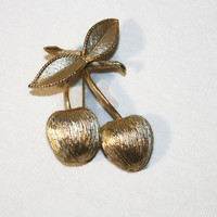 Sarah Coventry Gold Tone Cherry Brooch Pin