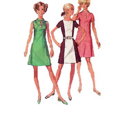 Mod Retro Casual Day Dress Party Dress Simplicity Sewing Pattern Uncut FF Bust 34 Color Block Keyhole Neck Mini Dress