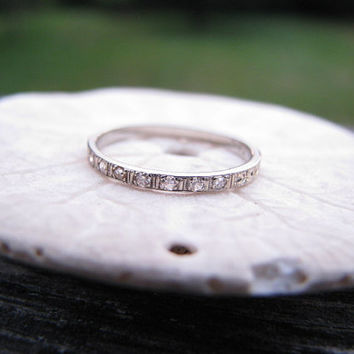 Dainty Edwardian to Art Deco 18K Engraved Diamond Wedding Band - Sparkly Old Cut Diamonds - Floral Eternity Design