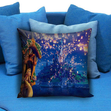 disney tangled rapunsel watching lantern in the castle Pillow case