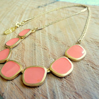 Candy necklace in Orange peach
