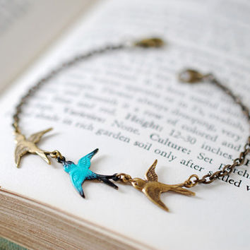 Swallow Birds Bracelet. Teal Blue and Brass Triple Birds Bracelet. Three Sisters Gift, Best Friend, Family Charm Bracelet, Forever Love