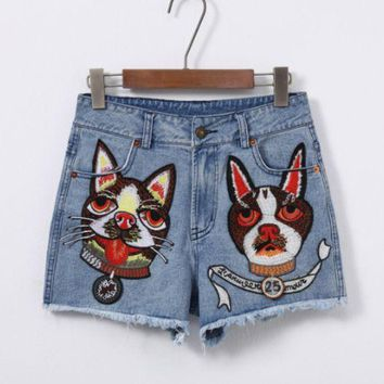 DCCKR2 GUCCI spring/summer new G family gold dog embroidered design with high waist ladies denim shorts