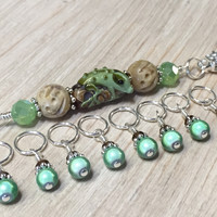 Frog Beaded Knitting Bag Lanyard and 8 Snag Free Stitch Markers