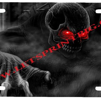 Red Eyed Dark Skull License Plate Car Tag