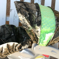 Realtree and lime green car seat cover and by SqueakyBugBabies
