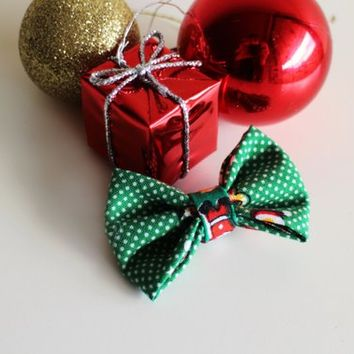 Green Spotty Santa Hair Bow // Green Spotty Handmade Holiday Bow // Hair Bow for Women and Girls.