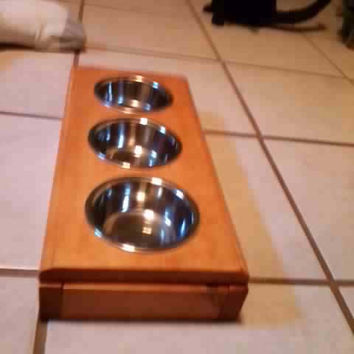 hand made pet bowl holder with a nice stainless steal bowls pet decor dog bowl holder / cat bowl holder