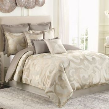 Raymond Waites Sawyer Comforter Set in Taupe