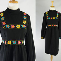 Vintage 60s Mod Embroidered Flowers Trim Dress Must see! L