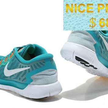 Cheapest and Newest Nike WMNS Free 50 Tropical Twist Sport Turquoise Neo Turquoise White sneaker