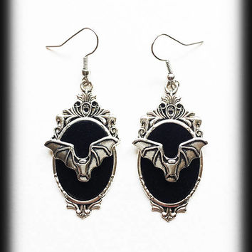 Gothic Bat Earrings, Bat Cameo Earrings, Gothic Earrings, Antique Silver, Gothic Jewelry, Alternative Jewelry, Gothic Gift For Her, Handmade