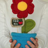 PATTERN: Heart Shaped Flowers Gift Keepsake Amigurumi Crochet Pattern