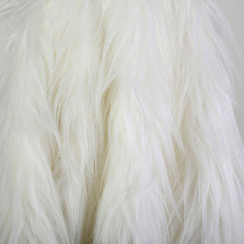 Long Shaggy Off White Faux Fur Fabric  - 1 Yard