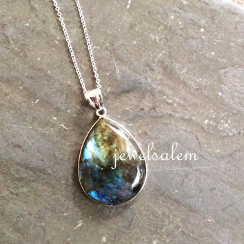 Labradorite Necklace Black Gemstone Necklace Bottle Green Blue Shimmer Modern Jewelry Statement Necklace Long Layered Silver Mineral Stone