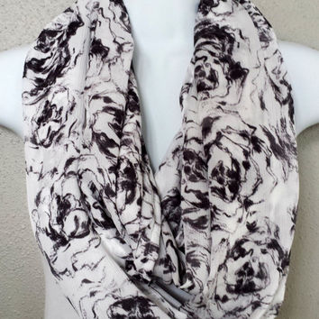 Waffle Chiffon Roses Infinity Scarf Black and White Womens Fashion Chiffon Scarves Girls Fall Floral Circle Scarves Chiffon Gift for Her