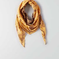 AEO Chalk + White Bandana , Honey Wheat