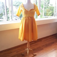 Romantic Yellow Dess - Crazy Happy .. on Luulla