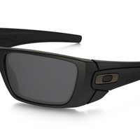 Oakley Fuel Cell OO9096-05, Black/Gray Polarized, 100% UVA, O Matter, Sport