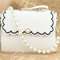 Small and pure and fresh wave of pearl chain bag from flowerbird