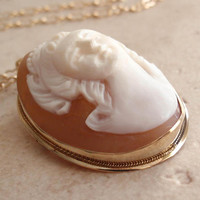 Cameo Pendant Brooch 14K Gold High Relief Front Facing 3D Vintage 083013MF