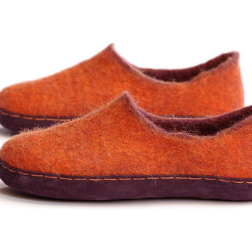 orange wool slippers- felted slippers- merino wool clogs- boiled wool slippers- wool clogs- slippers with rubber- purple leather slippers