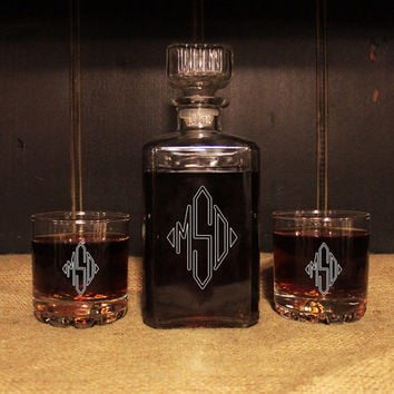 MONOGRAMMED Glass Whiskey Decanter set , Barware, Personalized Groomsmen Gifts, Man Cave, Valentine's Day Gift, Gift for him