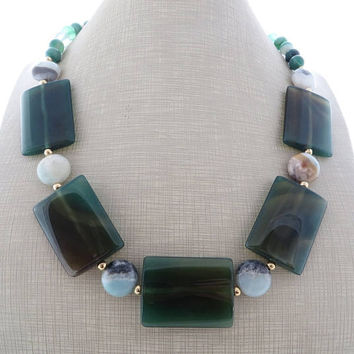 Green chunky necklace, agate necklace, amazonite necklace, big bold necklace, gemstone necklace, summer jewelry, wedding jewelry, gioielli