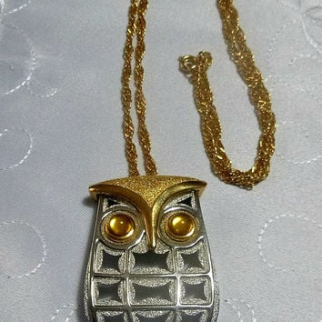 Modernist OWL Necklace Pendant Retro Kitsch 70's Owls Costume Jewelry Jewellery Silver Gold Brushed Yellow Glass Eyes Vintage Horned Owl
